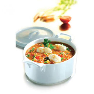 Picture of Revol Belle Cuisine Oval Casserole With Lid 2.5L